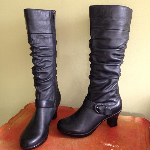 4 Dansko Brielle Black Leather Tall