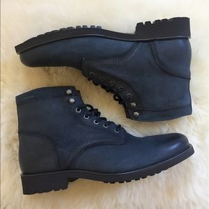 Wolverine Clarence Leather Boots