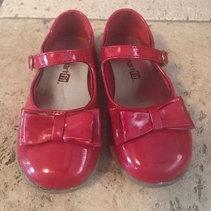 Red dress shoes 7c