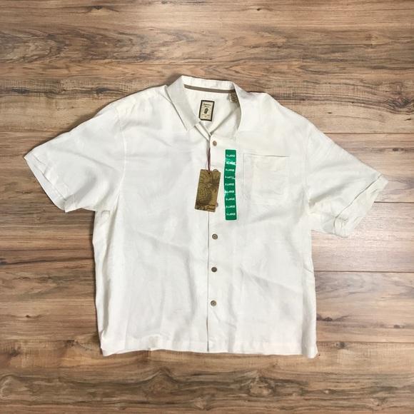23c9b9971 jamaica jaxx Shirts | New Button Up Floral Wood Buttons Xl | Poshmark