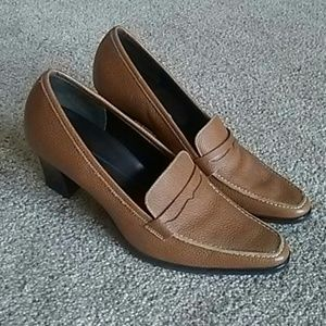 Rockport brown leatyer shoes