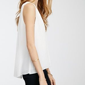 Forever 21 Tops - Forever 21 pleated chiffon v-neck top in white