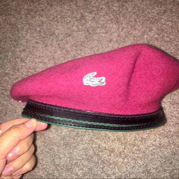beau look doux et léger le plus en vogue Lacoste Beret Hat NWT