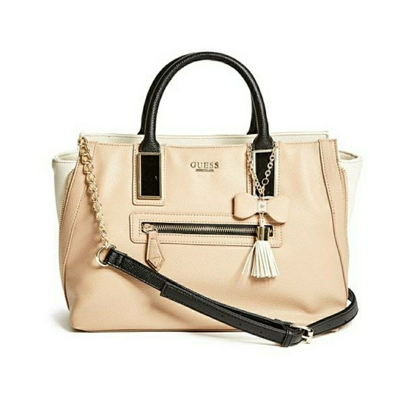 GUESS Handbags - 👜👛Guess Women s Aydriana Zipper Satchel a53d401082dfa