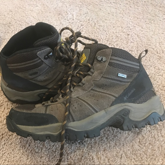 accc06476e9 Mens Columbia Omni-Grip Waterproof Hiking Boots