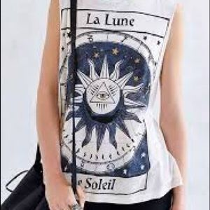 Urban Outfitter Graphic Soleil / Lune Tank