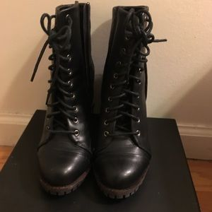 Report Brand Black Lace up Boots