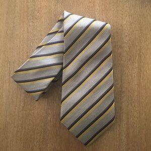NWOT Banana Republic Men's Yellow Blue Stripe Tie