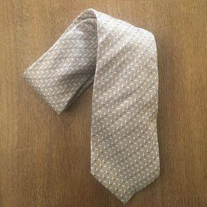 NWOT Banana Republic Men's Beige Blue Printed Tie
