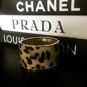 Jewelry - Velvet Leopard Patterned Hinge Bracelet