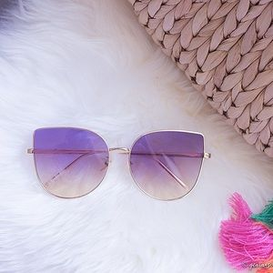 Accessories - Purple gradient cat Eye sunglasses (oversize)