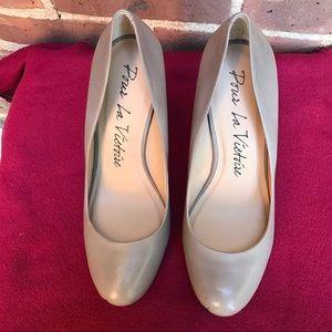 Pour La Victoria Shoes Size 7 NWOB