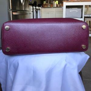 c950bbd8c74 Michael Kors Bags - Michael Kors Savannah Patent Saffiano Leather Lrg