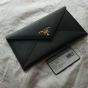 Authentic Prada Busta Con Pattina Envelope Wallet