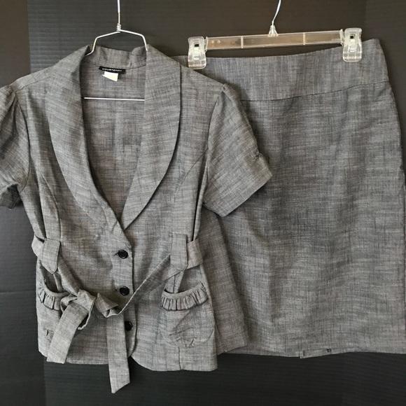 Courtenay Dresses & Skirts - Gray Skirt Suit