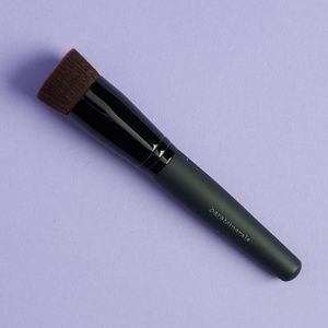 NWT BareMinerals Perfecting Face Brush