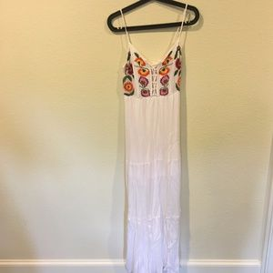 Emory Park white floral maxi dress