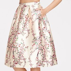 Dresses & Skirts - 💕💕SALE💕💕🛍