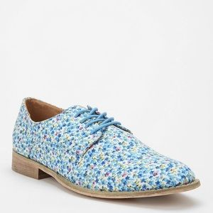 Urban Outfitters Floral BDG Shoes