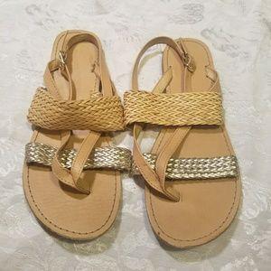 LIKE NEW Gap sandals