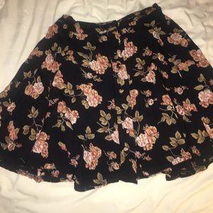 Brandy Melville floral buttons down skirt