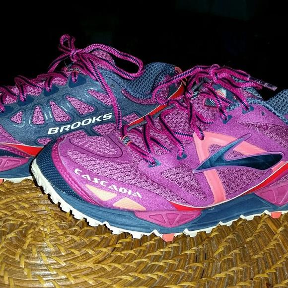 1ca7ef46402 Brooks Shoes - Brooks Cascadia 9 - Women s 8.5