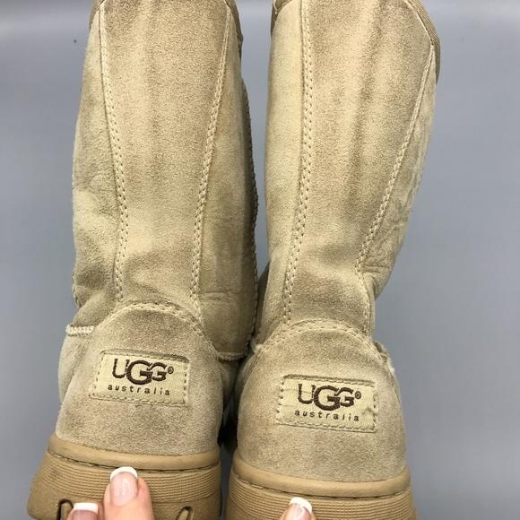 acb65b1054d VINTAGE UGG Ultimate Short Size 8 Sand Suede