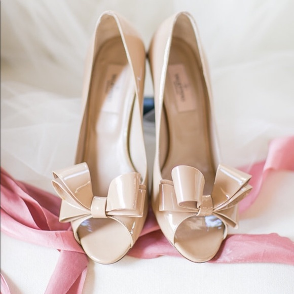 74e2e86eced Valentino Garavani Shoes | Valentino Bow Pumps In Nude Low Heel ...