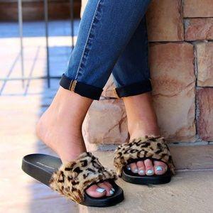 97bfd9675b5 SALE‼️🆕 Leopard Fur Slides NWT