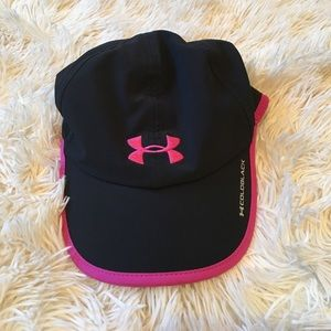 Like new Under Armour Cold Black Hat
