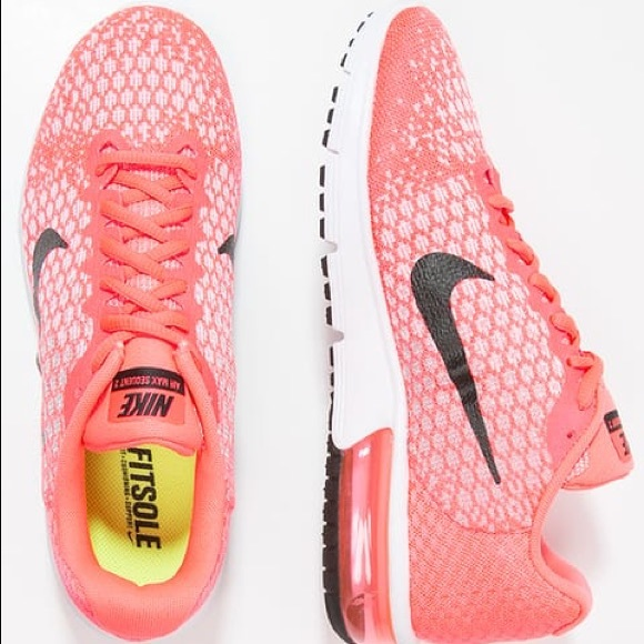 Women's Nike Air Max Sequent 2 Hot Punch Size 8.5