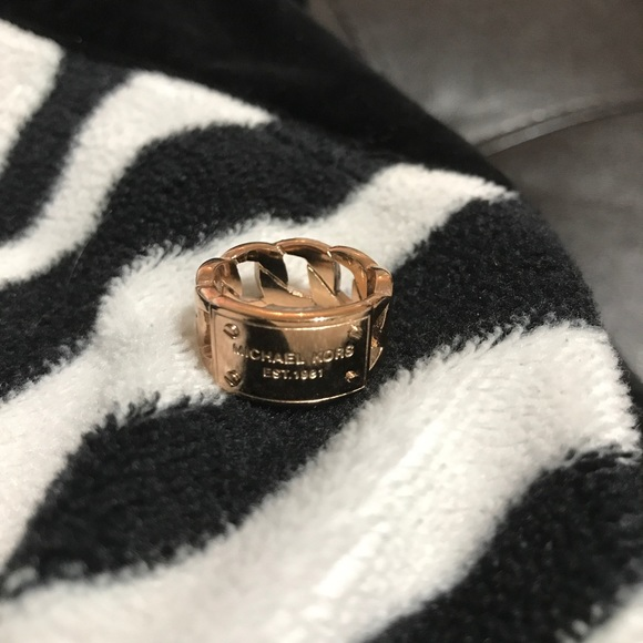Michael Kors Jewelry - Michael Kors rose gold ring size 6