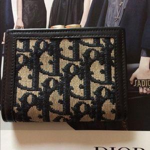 Christian Dior vintage navy kiss lock wallet