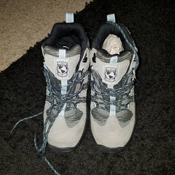 373d372427e Rugged Exposure taupe hiking boots, 7.5. NWT. Boutique