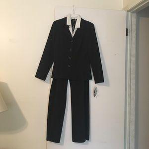 Two piece pant set with blazer