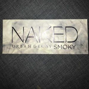 "Urban Decay NAKED ""Smoky"" Palette"