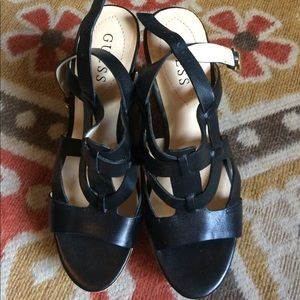 Guess wedges NWT