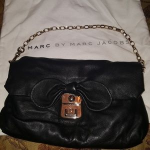 MARC BY MARC JACOBS SHOULDER BAG WITH CHAIN!!!