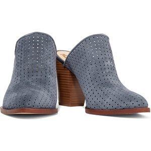 618a35e132ce Sam Edelman Shoes - ✨24hr FLASH SALE✨Sam Edelman•Stormy Bates Mule