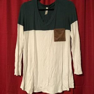 Tops - Color Block Boutique Long Sleeve Tee
