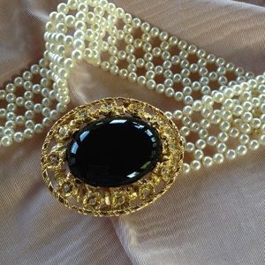 Accessories - Beautiful Vintage Faux Pearl Onyx Belt