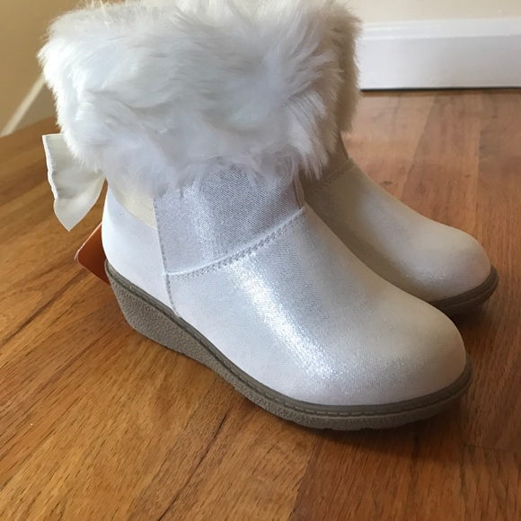 5664347c709 Gymboree Winter Furry Wedge Boots Girls NEW