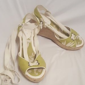 Montego Bay club size 6 lace up sandals