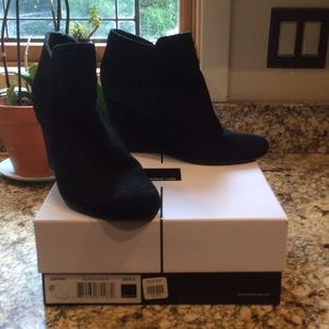 Dolce Vita Black Suede Ankle Wedge Bootie Size 8