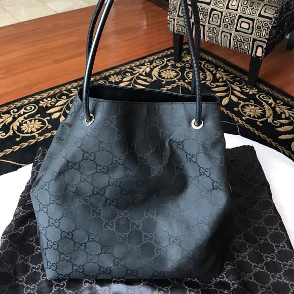 199da71352d8 Gucci Bags   Gg Logo Black Gifford Tote   Poshmark