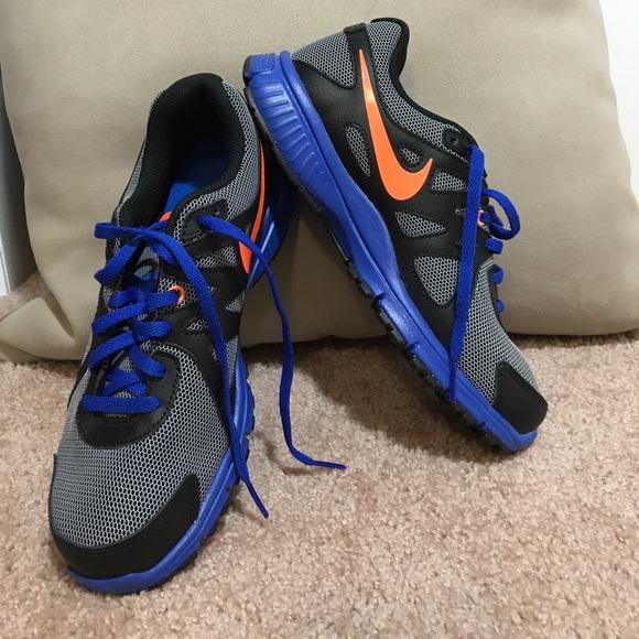 f3d55fa422b1c Nike Revolution 2 Boys Blue Orange  Black. M 59bd743a291a35f0a6045ced