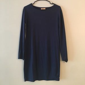 PIKO form-fitting navy dress