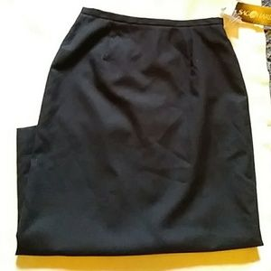 Sag Harbor black lined wool skirt - size 12