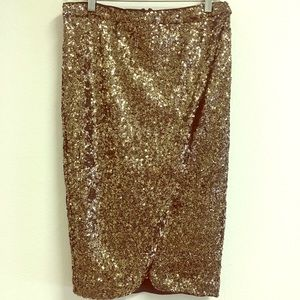 NWT Golden sequence skirt
