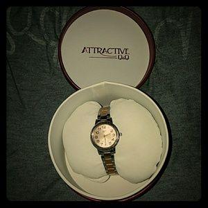 Q&Q Attractive stainless steel watch.